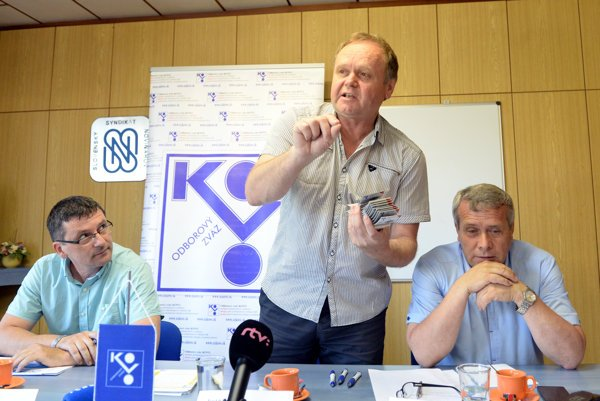 Trade unionists, from left, Ján Šlauka, Jozef Balica and Mikuláš Hintoš.