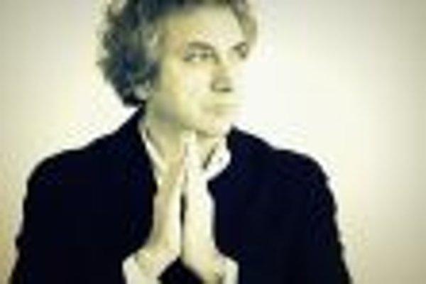 Roberto Cacciapaglia, Italian piano master