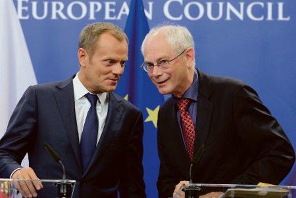 Donald Tusk (l) and Herman van Rompuy.