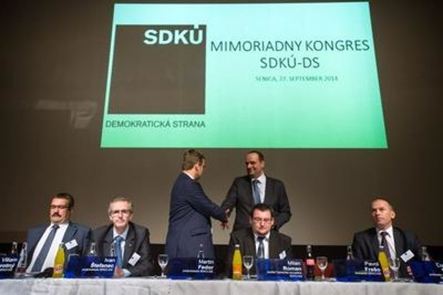 SDKÚ congress (Štefanec second from left)