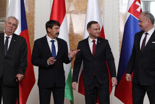 V4 presdients: L-R Czech MIloš Zeman, Hungarian János Áder, Polish Andrzej Duda, and Slovak Andrej Kiska at a meeting in Rzesów, Poland.