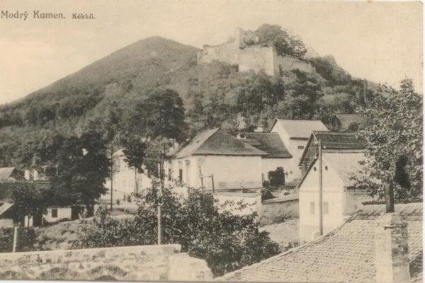 The Modrý Kameň castle