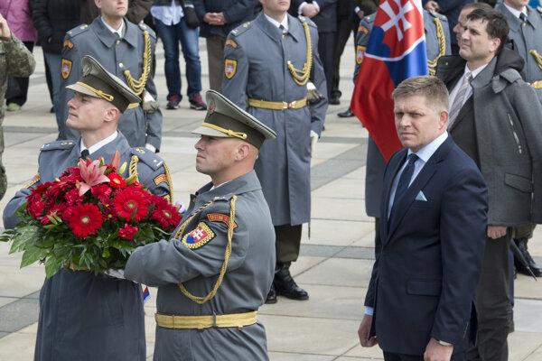 PM Robert Fico during a commemorative event at the Slavín war memorial.
