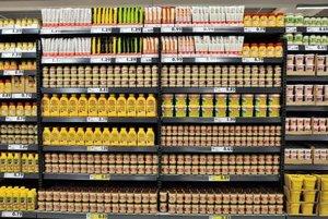 Food prices keep falling.