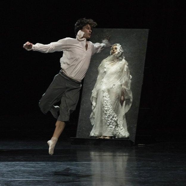 Peter Dedinský (Romeo), Klaudia Görözdös (Júlia)