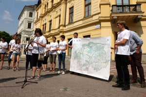 Together There Are More of Us campaign has been launched June 21, in front of the Banská Bystrica regional office.