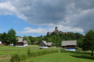 Stará Ľubovňa Castle and the nearby open-air museum