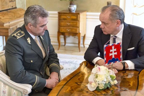 L-R: POlice President Tibor Gašpar, President Andrej Kiska