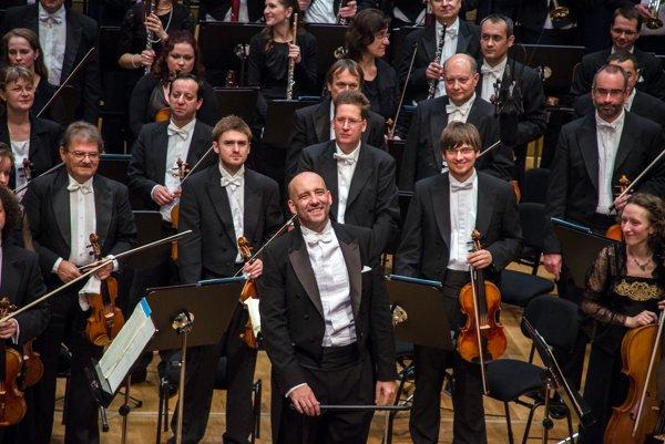Slovak Philharmonic (SF) and E. Villaume