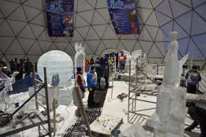 50 tonnes of ice were used for the sculptures at Hrebienok