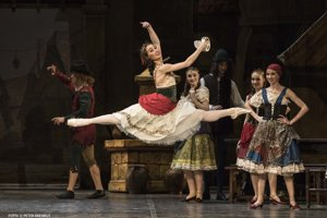 Olga Chelpanova (Esmeralda) in the SND ballet of the same name.