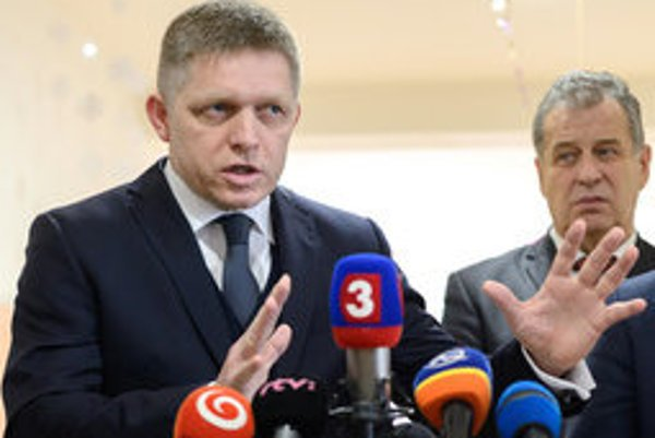 Prime Minister Robert Fico with Nitra city Mayor Jozef Dvonč.