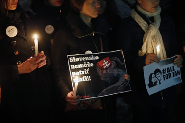 Protests following the mruder of Ján Kuciak and Martina Kušnírová were hedl aorund Slovakia - and also abroad (e.g. in Paris, March 9)