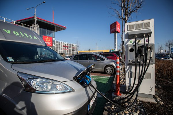 The charging service provider GreenWay Infrastructure was listed among ten Rising Stars.
