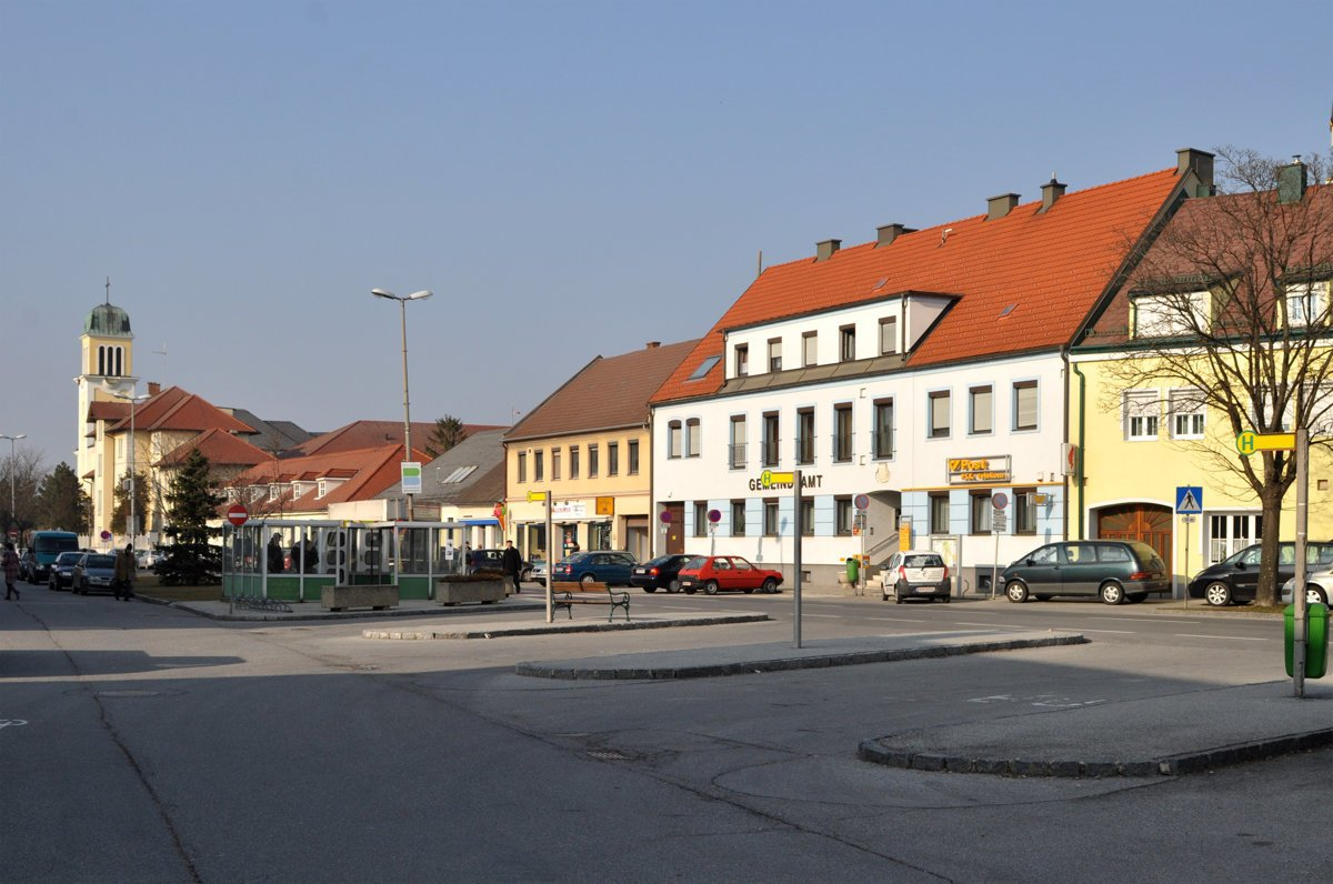 a5cd78083895 A Slovak village in Austria - spectator.sme.sk