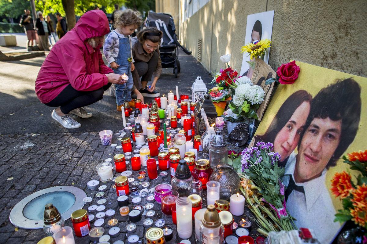 People still remember Ján Kuciak and Martina Kušnírová.