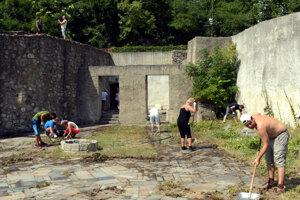 Volunteers cleaned the Water Tower premises in 2015.