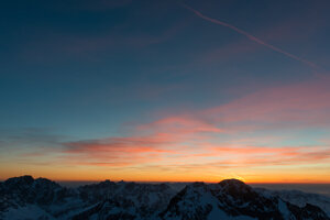 Sunrise at Lomnický Štít peak.