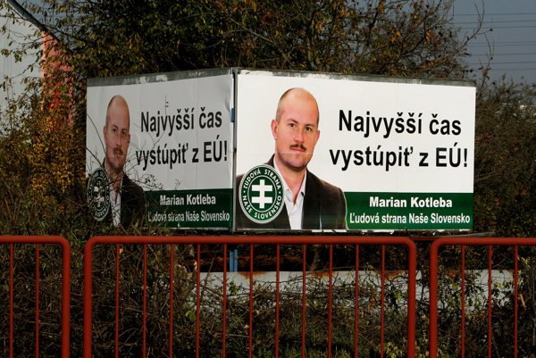 In Zvolen, in Nitra, near Brezno, there are billboards in which Kotleba thanks voters for support.