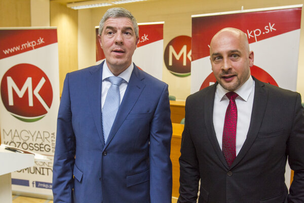 Most-Híd chair Béla Bugár (l) and SMK leader Tibor Menyhart (r)