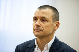 Peter Toth as a witness in court on January 15, 2020.