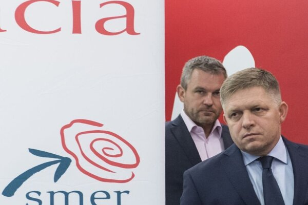 Robert Fico (in the front) and Peter Pellegrini.