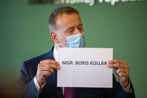 Boris Kollár will not use the Mgr. title while in politics, he said in response to plagiarism allegations.