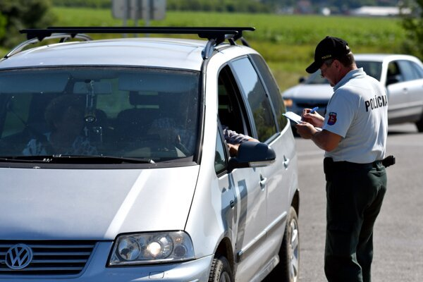 Police counted how many people cross Slovak borders on July 10.