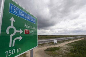A 30-kilometre stretch of the Bratislava ring road opened on July 19, 2020.
