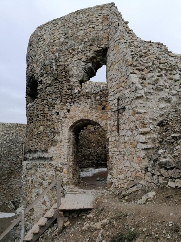 Jasenov Castle.