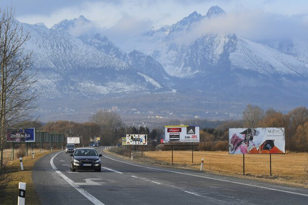 High Tatras are a mountain range Slovaks proudly boast of, but visual pollution on the road between Poprad and Smokovec is a different story. How many billboards can you count?
