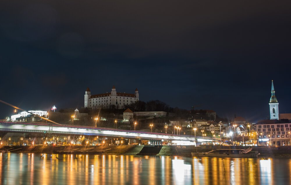 The lights on Bratislava Castle went off on Saturday, March 27, on the occasion of the Earth Hour.