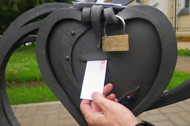 A heart-shaped container into which people in the Kysuce region can put their love notes.