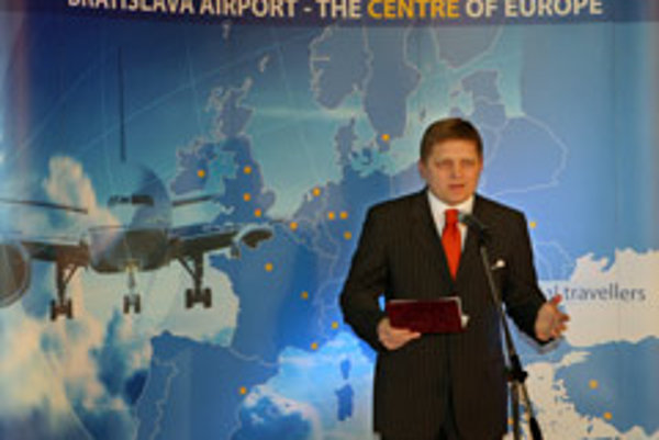 Prime Minister Robert Fico marks the completion of Slovakia's entry to the Schengen zone on March 30 at Bratislava airport. Passport-free travel is now possible from Slovakia's major airports.