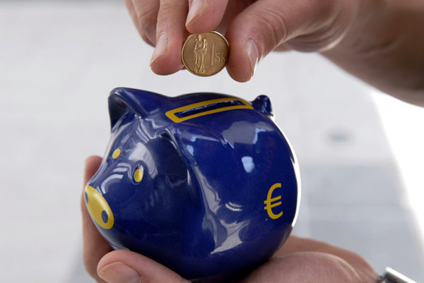 Slovaks now know how many euros they will get for their crowns in January.