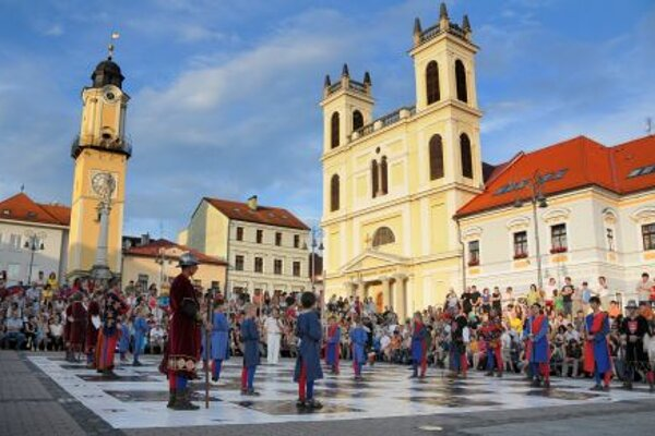 Chess figurines parade through the main square in Banská Bystrica.