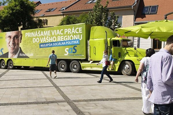 A green SaS truck toured Slovak towns and cities.