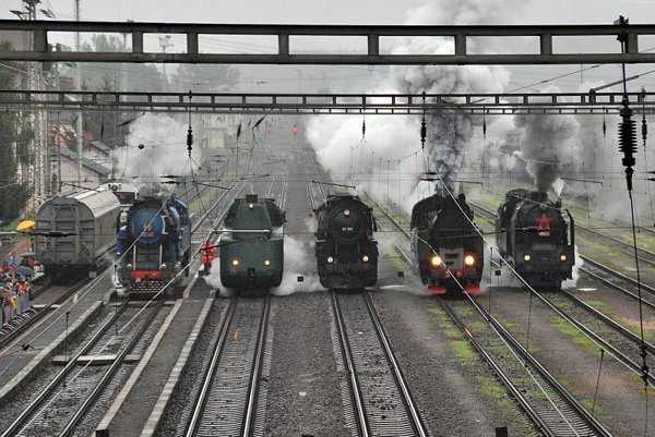 Thomas the Steam Engine would be proud: historical engines competing in Zvolen.