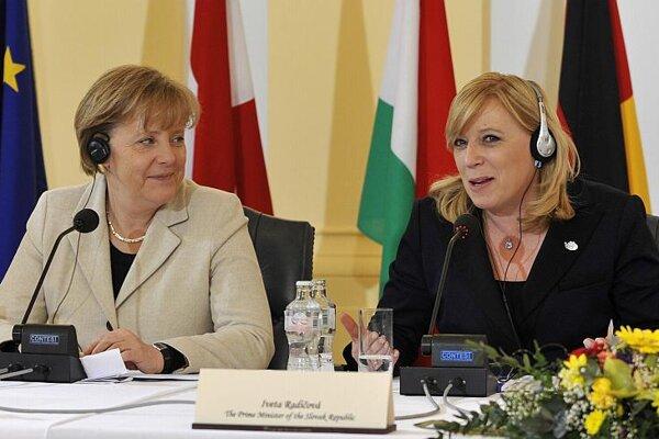 Angela Merkel and Iveta Radičová