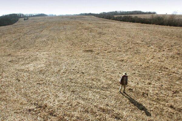 The countryside near Plášťovce.