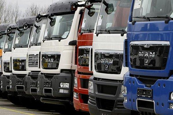 Commercial trucks are often financed via leasing.