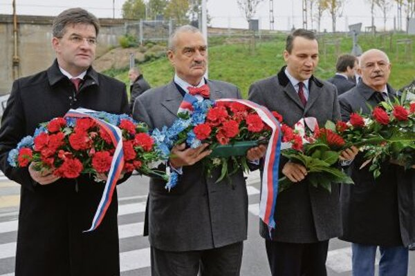 V4 foreign affairs ministers met in Warsaw in October this year.