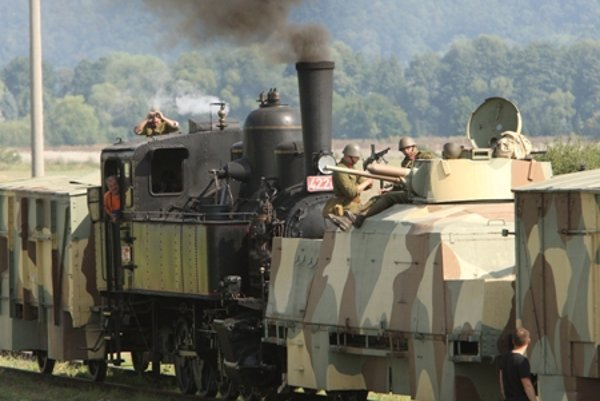 The Štefánik train during re-enactment.