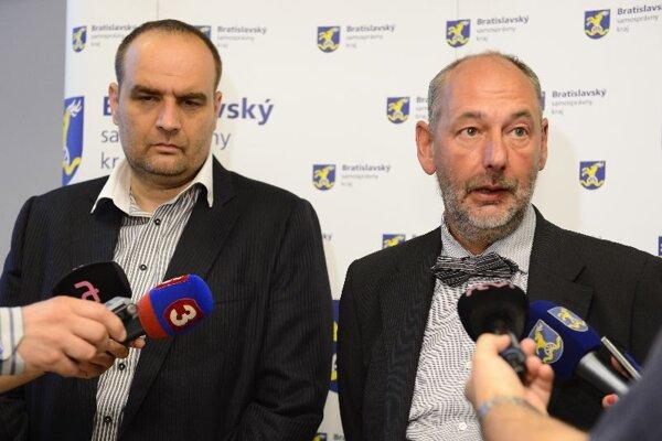 Pavol Frešo (left) and Economy Minister Tomáš Malatinský