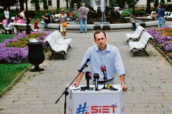 Radoslav Procházka faces accusations again.