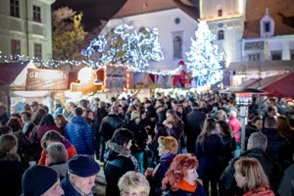 Christmas market in the Main Square