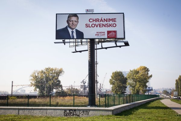 We protect Slovakia. Smer's 2016 election campaign.