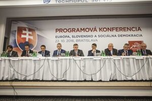 Smer programme congress, October 22. PM and party chairman Robert Fico is in the centre.