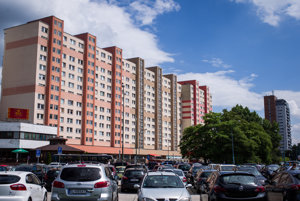 Average Bratislavans can afford smaller flats compared to other citizens.