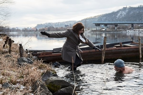 Ice Mother is a Czehco-Slovak film about ice swimmers.